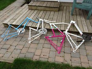 Cadres de vélo (4) de ville, de montagne, 24 po et 26 po