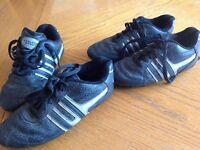 Souliers soccer grandeur 2 et 3
