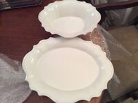 A BRAND NEW SERVING PLATE AND BOWL