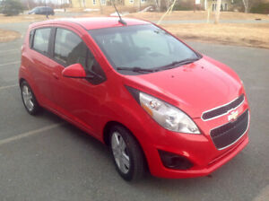 2014 Chevrolet SPARK , 43,000km 5 Speed manual shift Hatchback