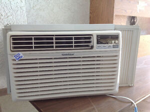 Nearly New Goldstar Air Conditioner