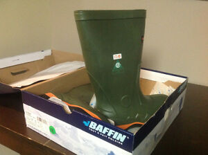 New work boot Baffin size 11