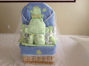 brand new!  little wonder bathing gift basket