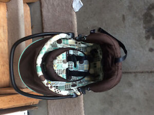 Selling saftey first stroller and car seat with base Strathcona County Edmonton Area image 4