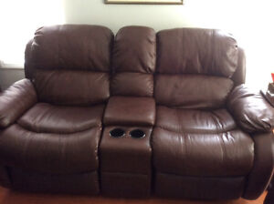 Leather Buy Or Sell A Couch Or Futon In Mississauga Peel Region