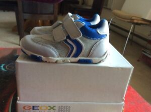Geox boy's  running shoes London Ontario image 2