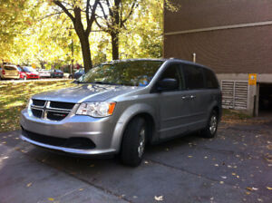 2013 Dodge Caravan Familiale Stow and go