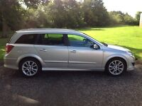 For sale vauxhall Astra 1.6 design estate (57 plate)