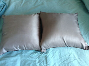 2 piece set of Asian Design Grey Throw Pillows Kingston Kingston Area image 2