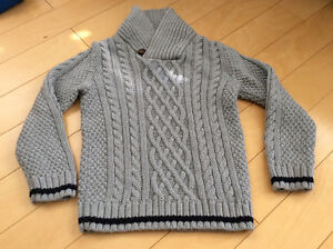Boys Grey cable knit sweater size 5