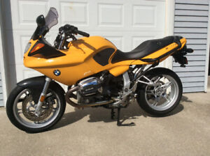 1999 BMW R1100S IN EXCELLENT CONDITION