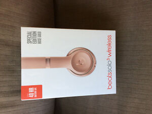 Beats by Dr. Dre Solo3 On-Ear Headphones Rose Gold