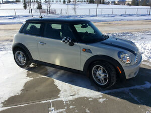 2007 MINI Mini Cooper Hatchback, 90,000ks heated leather, Trades