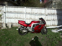 750cc GSX-R  - Very fast (112hp  stock),  no mechanical issues