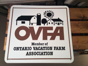 Vintage OVFA Member of ONTARIO VACATION FARM ASSOC. metal sign !
