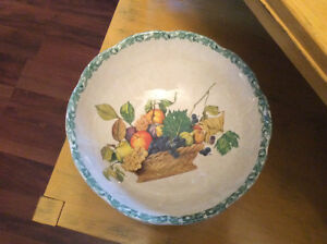 Large Pasta Dish or Fruit Bowl