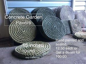 Rope style garden pads