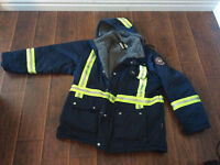 Helly Hansen winter jacket and pants bran new size XL 550$ OBO!