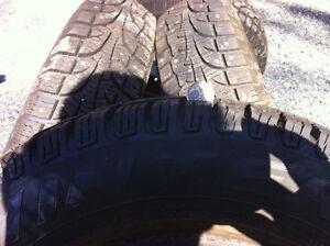 Pneu d'hiver Pirelli a clou