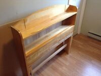 Mates bed - solid wood