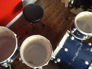 PDP 805 kit, Pork Pie Snare and brand new Pearl D-790 throne