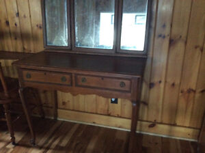 Antique vanity table, with mirror