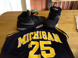 Fab Five, Michigan Wolverines, 1993 all black Nike Air Max