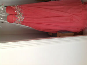 Grad gown, size 8, fits small