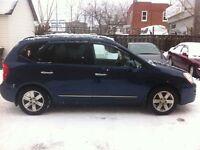 2007 Kia Rondo 4cylindres 2.4L,tps et 12 mois garantie inclus
