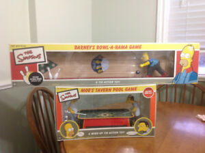Collectable Simpsons tin toys