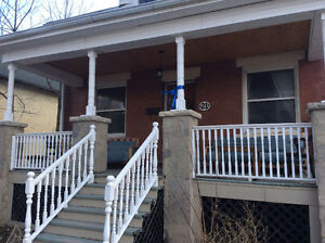 Four bedroom, pet friendly, non smoking home near downtown.