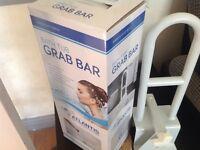 Atlantis Grab Bar