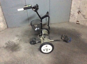 Lectronic golf caddy