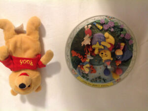 Disney Winnie the Pooh collector plate and beanie baby