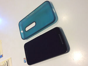 Moto G generation 3 w/ case and 32G micro SIM card