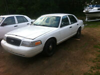 PARTING OUT 2009 CROWN VIC P71 INTERCEPTOR