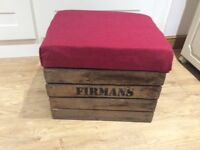 Applecrate footstool with storage