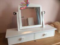 Vanity boxes/mirror