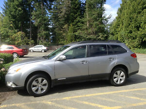 2010 Subaru Outback Premium Trim Wagon in Excellent Condition