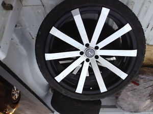 22 inch great shape 5x114.3 off 2013 Dodge charger