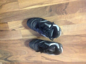 Soccer shoes size 2 1/2
