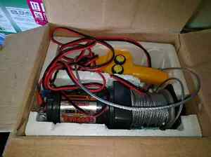 New 2000lbs atv winch West Island Greater Montréal image 2