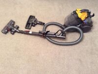 Dyson DC 19 cylinder bagless vacuum. Multi tool head and turbine. VGC