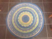 Kids circular rug