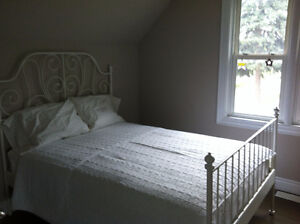 Central Kitchener - Rooms for rent in clean and quiet house Kitchener / Waterloo Kitchener Area image 6