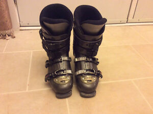 Head ski boots 26.5 in good condition