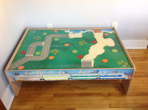 Kid's train / car table