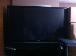 SONY full HD TV - with new bulb