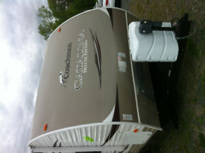 2012 Coachman Catalina Deluxe Edition 30BHS