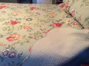 Quilted Bedspreads & Shams